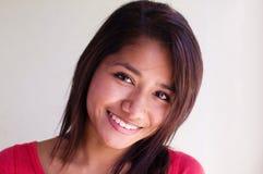 Glückliches freundliches positives Lächeln Lizenzfreie Stockfotos
