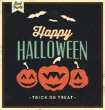 Glückliches Halloween-Zeichen mit Kürbisen - Weinlese-Schablone Lizenzfreie Stockfotos