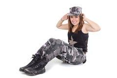 Glückliches junges militärisches patriotisches stolzes Mädchen Lizenzfreie Stockbilder