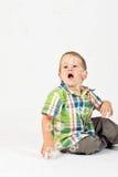 Glückliches Kind mit Luftblasen Stockfotografie