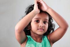 Glückliches kleines Mädchen Stockfotos