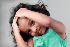 Glückliches kleines Mädchen Lizenzfreie Stockfotos