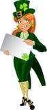 Glückliches Koboldmädchen mit Schild für Text lizenzfreie abbildung