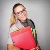 Glückliches Kursteilnehmer-Mädchen lizenzfreie stockbilder