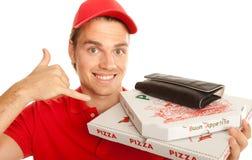 Glückliches lächelndes pizzaservice lizenzfreies stockfoto