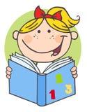 Glückliches Mädchen, das ein Buch liest Stockbild