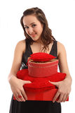 Glückliches Mädchen mit Geschenkkasten Lizenzfreies Stockfoto