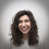 Glückliches Mädchenportrait Stockfoto