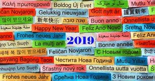 Glückliches neues 2019-jähriges in den verschiedenen Sprachen lizenzfreie stockbilder
