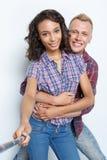 Glückliches Paar, das Fotos macht Lizenzfreie Stockfotografie