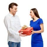 Glückliches Paar am Valentinsgrußtag stockfoto