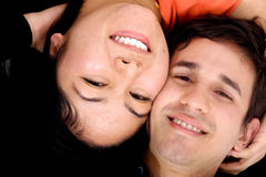 Glückliches Paarportrait Stockbild