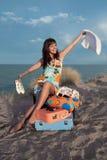Glückliches Reisendmädchen Stockbilder