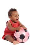 Glückliches Schätzchen mit Fußballkugel Lizenzfreie Stockbilder