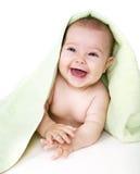 Glückliches Schätzchen mit Tuch lizenzfreies stockfoto