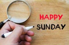 Glückliches Sonntags-Textkonzept Stockfoto