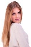 Glückliches und recht blondes Mädchen lizenzfreies stockbild