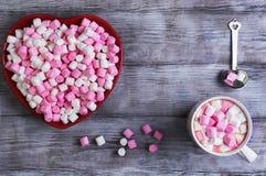 Glückwünsche auf Valentinstag Lizenzfreie Stockfotos