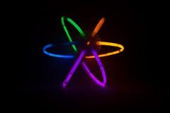 Glühen-Stöcke angeschlossen, um einen Ball zu bilden Lizenzfreies Stockbild