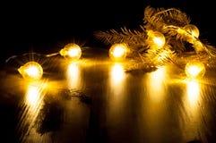 Glühende Girlande des neuen Jahres Lizenzfreie Stockbilder