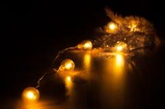 Glühende Girlande des neuen Jahres Lizenzfreies Stockfoto
