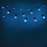 Glühende Glühlampen der Girlande Stockfotografie