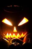 Glühende Halloweem Kürbise Lizenzfreie Stockbilder