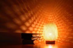 Glühende Schreibtisch-Lampe Stockbild