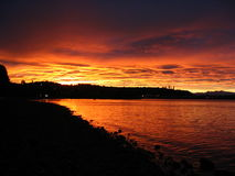 Glühender Sonnenuntergang Stockfoto