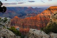Glühender Sonnenuntergang Mather Point Grand Canyon Stockbilder