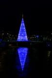 Glühender Weihnachtsbaum Stockfoto