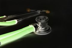 Glühendes Stethoskop Lizenzfreie Stockfotos