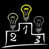 Glühenlampen auf Podium Lizenzfreie Stockbilder