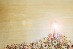Glühlampe Bleistiftoberteile Stockbild
