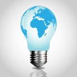 Glühlampe mit Weltkarte Lizenzfreie Stockfotos