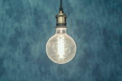 Glühlampehintergrund der Weinlese Lizenzfreies Stockfoto