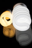 Glühlampen reflektiert Lizenzfreies Stockfoto