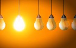 Glühlampenkonzept Lizenzfreies Stockfoto