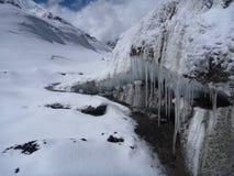 Glaçons au glacier de l'Himalaya Photographie stock