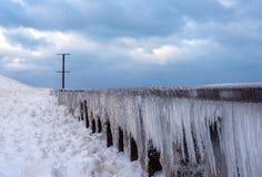 glaçons sur le mur de brise-lames le long du lac Michigan Chicago photographie stock