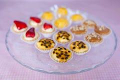 Glace avec des sucreries Images libres de droits
