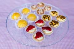 Glace avec des sucreries Photo stock