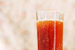 Glace avec la boisson carbonatée Photo stock