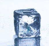 glace de cube Images stock