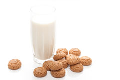 Glace de lait avec des biscuits Photographie stock
