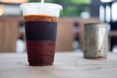 Glace de plan rapproché d'americano ou de café noir Photo stock