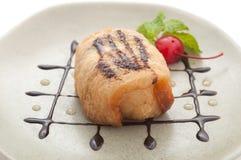 Glace frite avec le dessert de cerise Images libres de droits