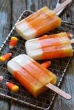 Glaces à l'eau de bonbons au maïs à Halloween Image libre de droits