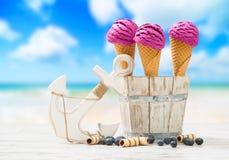 Glaces à la plage Image stock