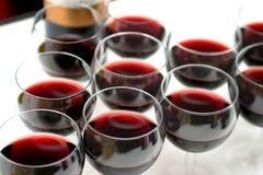 Glaces avec du vin image libre de droits
